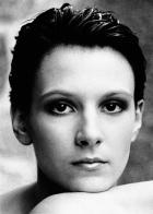 Linda (1996)
